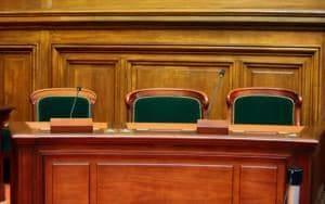 adwokat szczecin stargard szczecinski prawnik porady prawne rozwod prawo spadkowe 300x188 - Wigilia pracownicza, a przychód pracownika podlegający opodatkowaniu – przychód w związku z samym zaproszeniem?