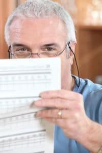 wydluzenie wieku emerytalnego radca prawny szczecin prawo pracy i ubezpieczen spolecznych porady prawne 200x300 - Czy osoby przed 56 i 61 rokiem życia zachorują w 2017 r. w związku z obniżeniem wieku emerytalnego?