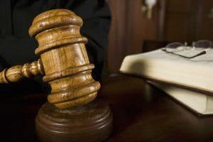 prawo pracy zus porady prawne szczecin wojciech chmurak adwokat radca prawny 300x200 - Czy błąd biura rachunkowego uzasadnia przywrócenie terminu do opłacenia składek?