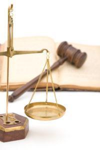 adwokat zus szczecin porada prawna prawo pracy odprawa szczegolne warunki apelacja skuteczny prawnik 200x300 - Kiedy pracownikowi przysługuje prawo do odprawy rentowo-emerytalnej?
