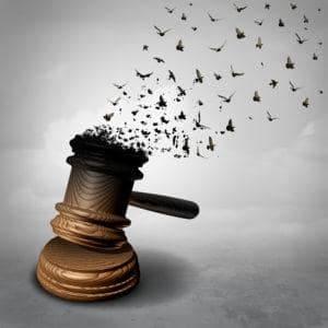 radca prawny adwokat szczecin usluga prawna porada prawna zwolnienia grupowe zus wczesniejsza emerytura renta 300x300 - Czy wypowiedzenie zmieniające wymaga zachowania procedury zwolnień grupowych?