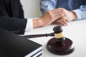 radca prawny szczecin adwokat prawo pracy zus porady prawne alimenty podzial majatku wspolnego zniesienie wspolwlasnosci 300x200 - Czy nienależyte wykonanie umowy o obsługę księgowo-kadrową uzasadnia odszkodowanie?